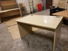 Maple 1200 x 800 Slab Leg Desk